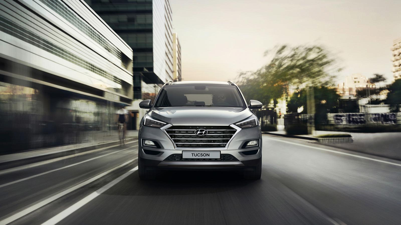 La experiencia de manejo de la Hyundai Tucson 2020 precio en México genera confianza para lanzarse a los viajes familiares en carretera