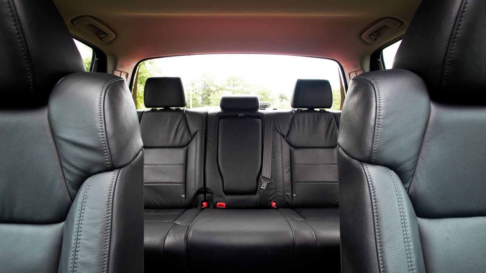 La cabina de la Toyota Tundra 1794 2020 destaca por ofrecer un buen espacio para todos los ocupantes