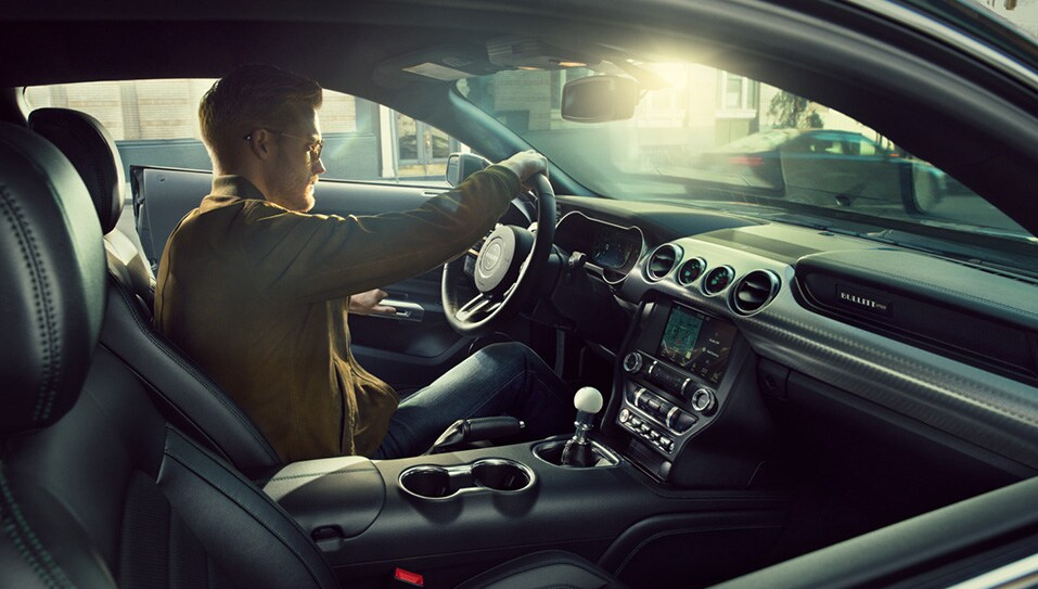 La cabina del Ford Mustang 2020 precio en México destaca por su diseño deportivo, pero sin abandonar la funcionalidad