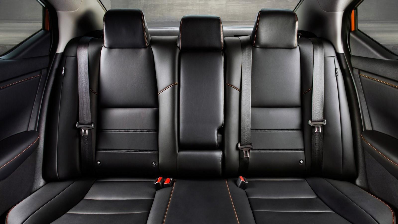 La cabina del Nissan Sentra 2020 mejora de forma notable en la calidad de la construcción y los materiales
