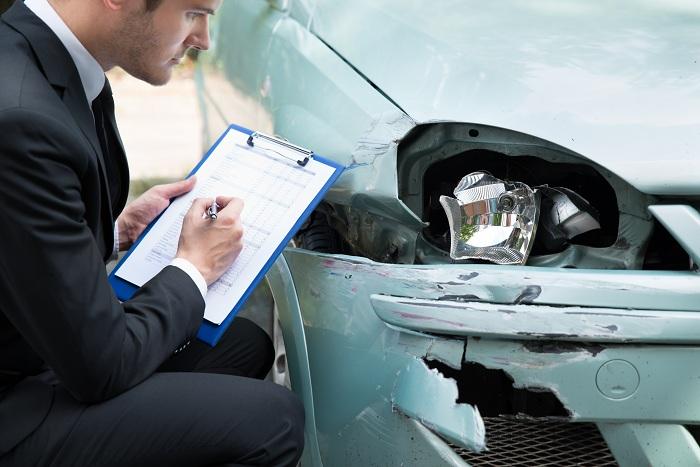 Esto es lo que debes decirle a tu aseguradora luego de un accidente