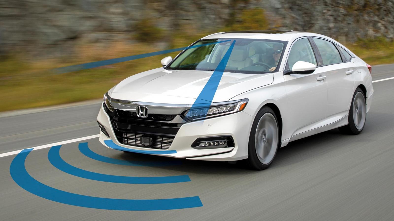 El Honda Accord Touring 2020 lleva un paquete de seguridad completo