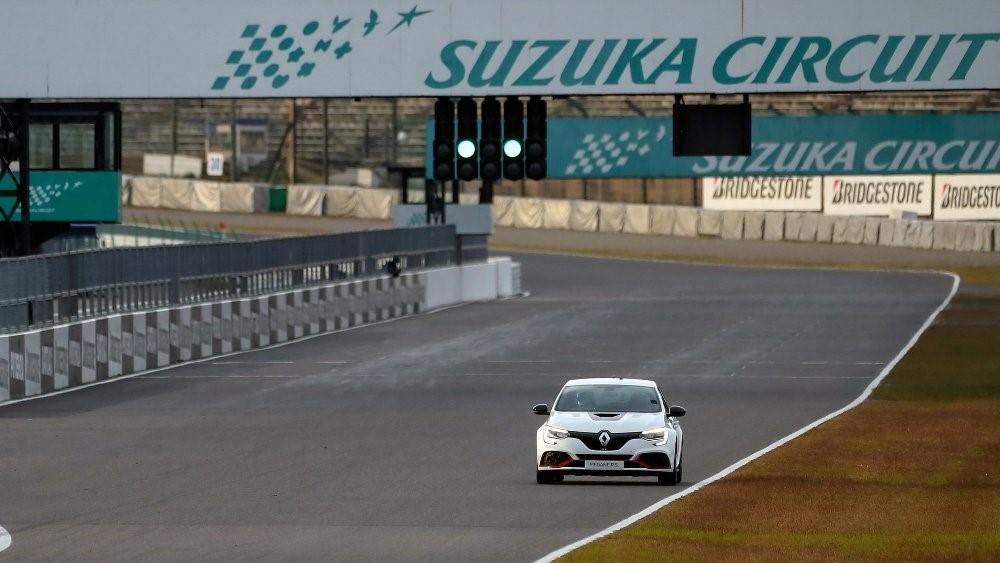 El Renault Mégane RS Trophy-R lleva un motor que entrega hasta 296 caballos de fuerza