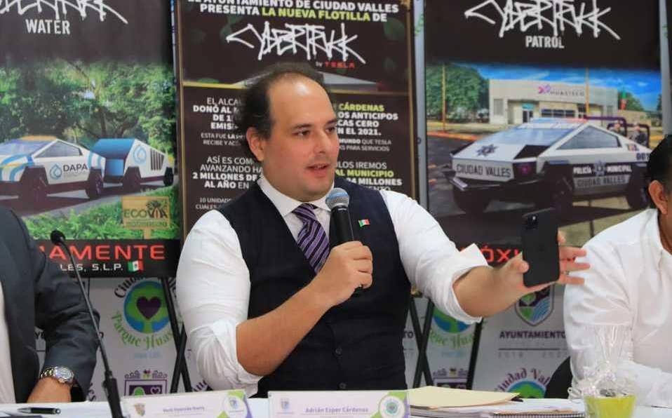 Adrián Esper Cárdenas