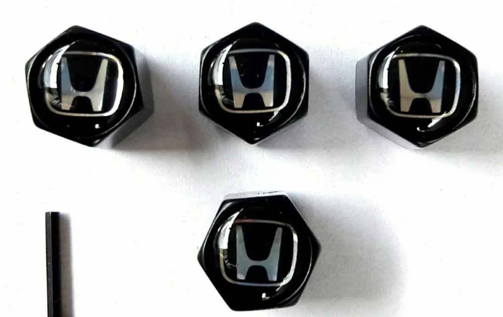 Las tuercas de las válvulas de los neumáticos evitan que ingresen residuos contaminantes