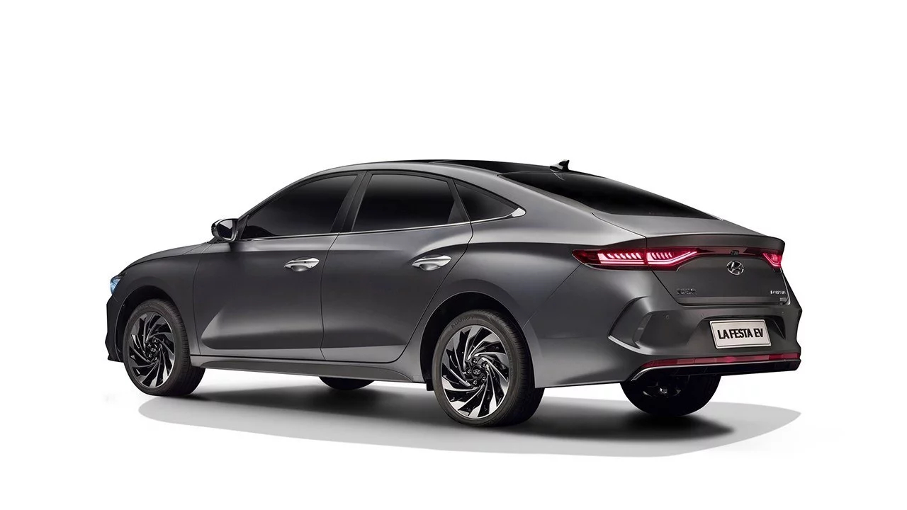 El Hyundai Lafesta EV no tiene tubo de escape