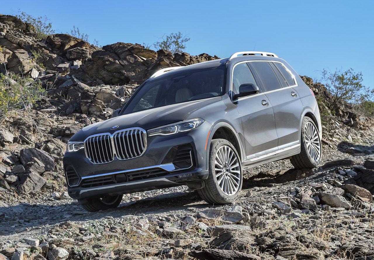 La BMW X7 xDrive40iA Pure Excellence 2020 es una SUV muy versátil