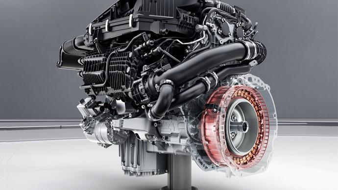 Mercedes-Benz presentó una nueva configuración mecánica para lograr un desempeño de alta eficiencia