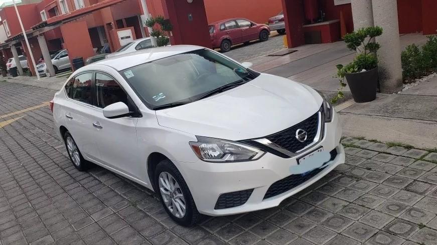 Camionetas Nissan usadas Nissan Sentra color blanco