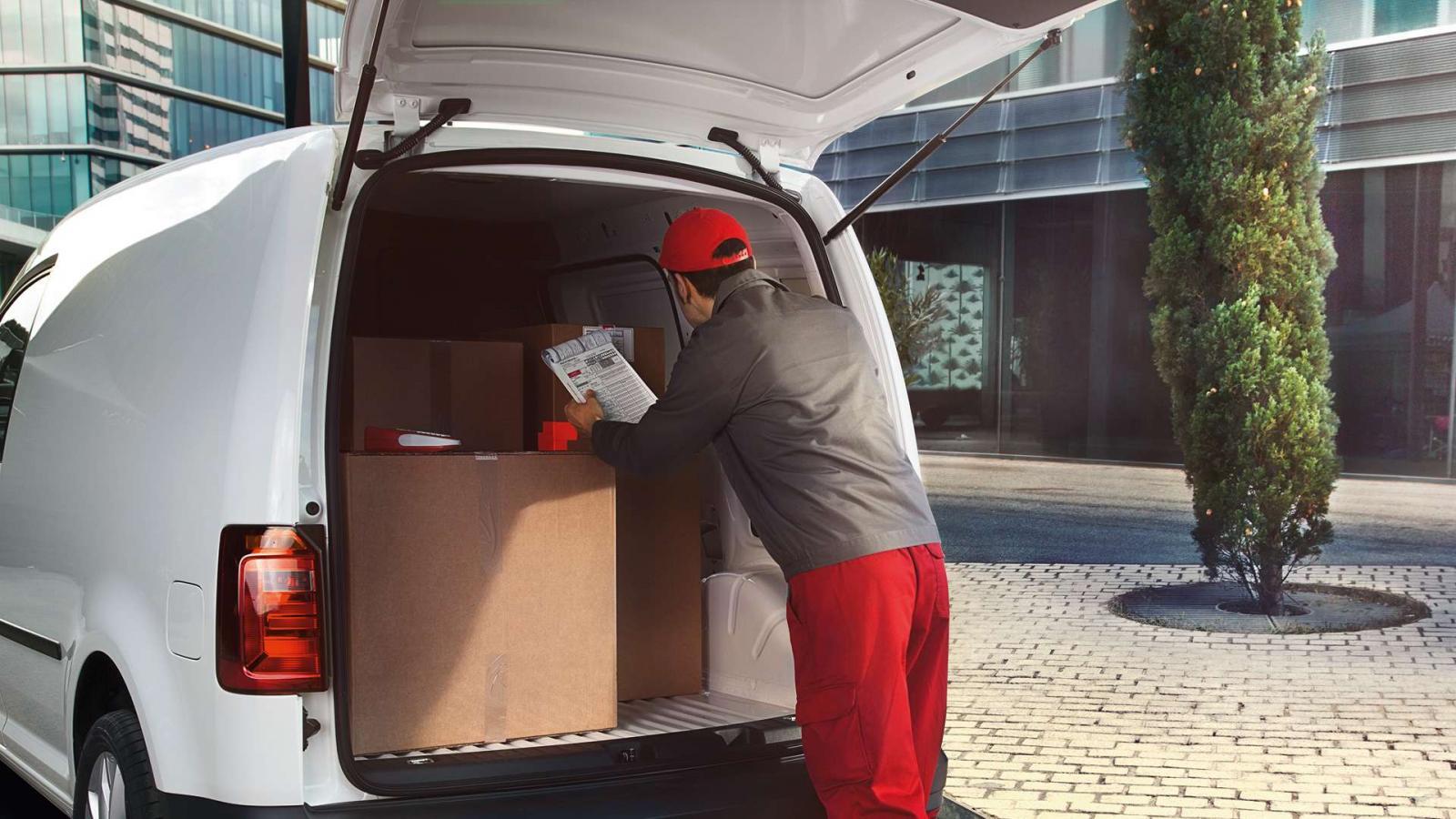 La Volkswagen Caddy 2020 precio es una camioneta funcional para el trabajo