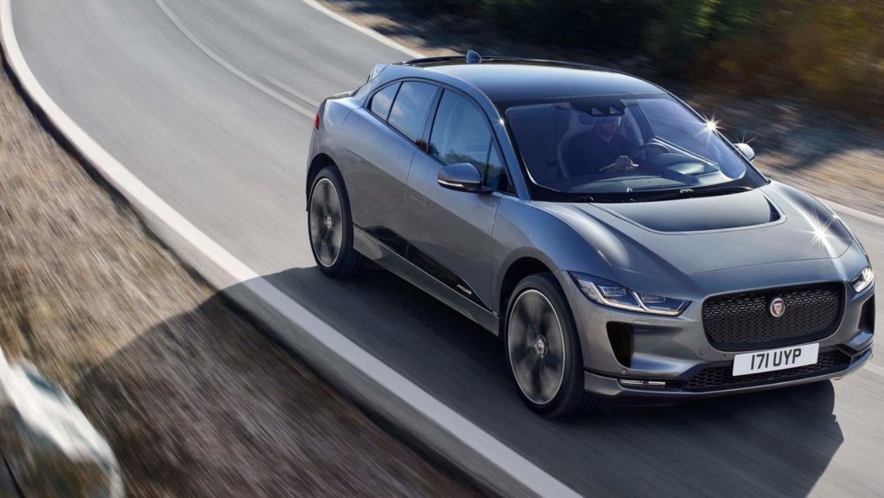 La SUV de Jaguar logró hacer más eficiente el sistema de refrigeración y la frenada regenerativa