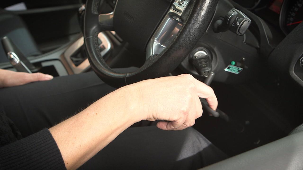 Algunos mecanismos facilitan la manipulación del volante porque implica menos esfuerzo