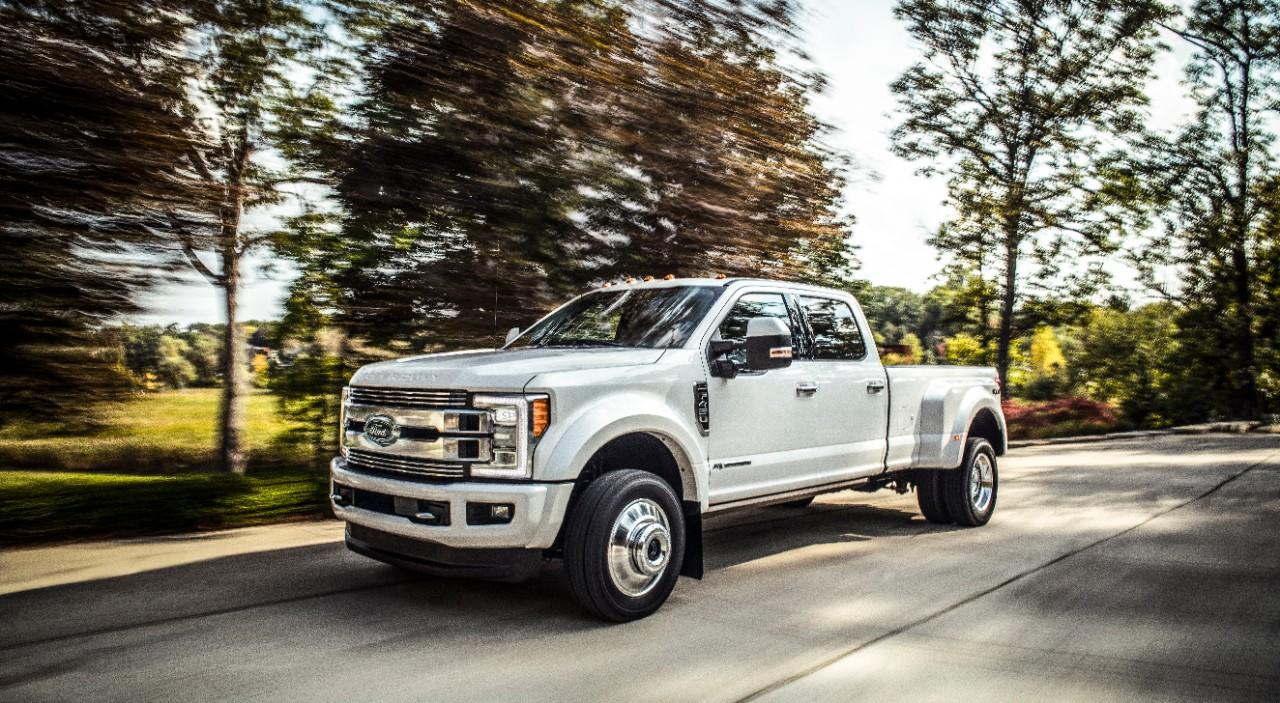 Ford llama a revisión a más de 500 mil Super Duty