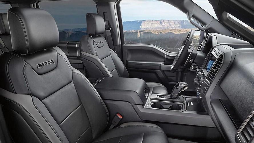La cabina de Ford Raptor 2020 precio destaca por su amplitud y funcionalidad