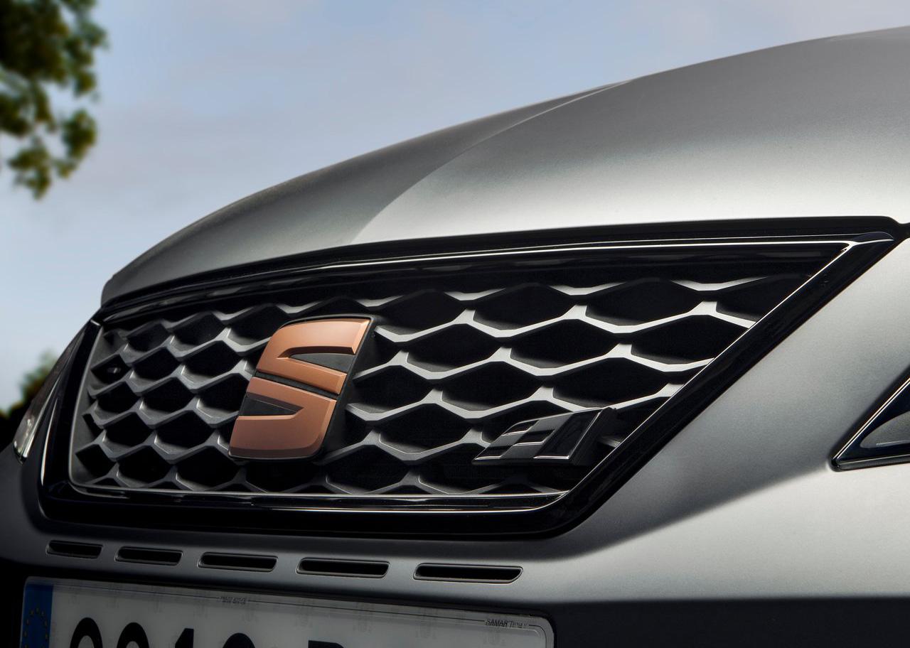 El SEAT León Cupra 2020 resena opiniones tiene una parrilla singular