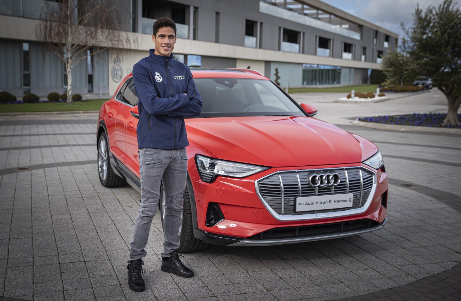 Audi entrega autos a jugadores del Real Madrid