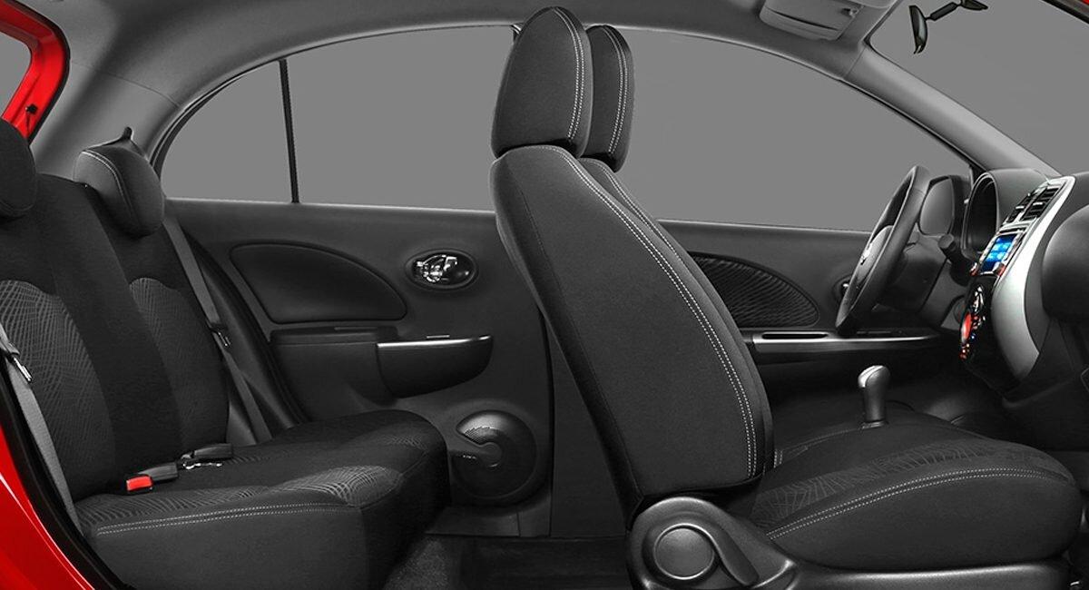 Nissan March Exclusive 2020 Ofrece espacio suficiente en ambas líneas