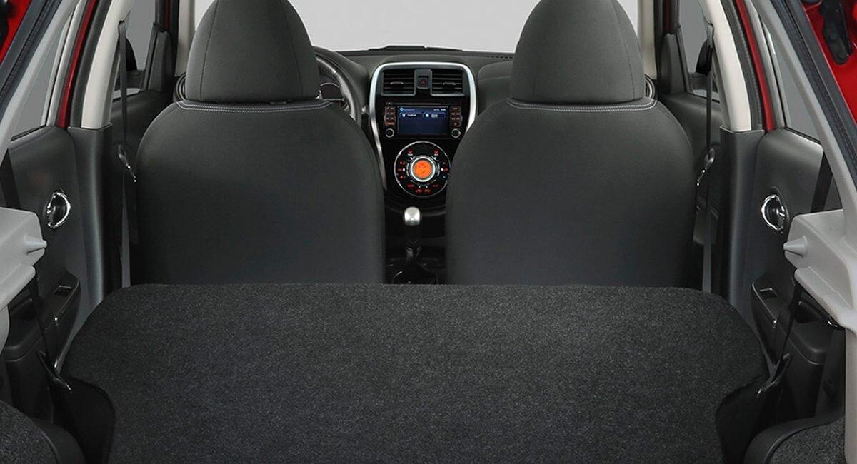 Nissan March Exclusive 2020 Las vestiduras son de tela