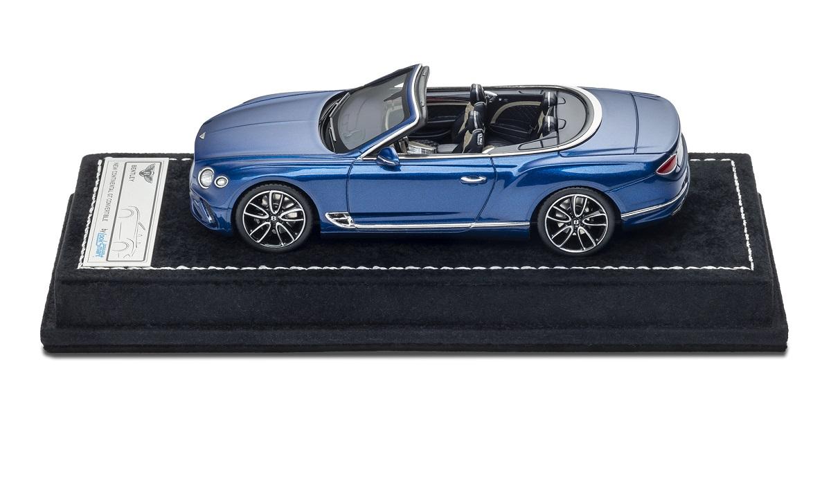 Bentley Continental GT Convertible escala