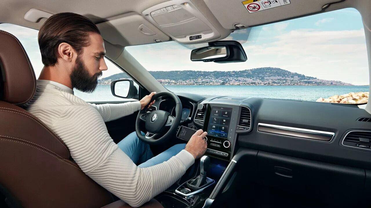 Renault Koleos Iconic 2020 resena opiniones Es una camioneta que inspira confianza por sus numerosas asistencias al conductor