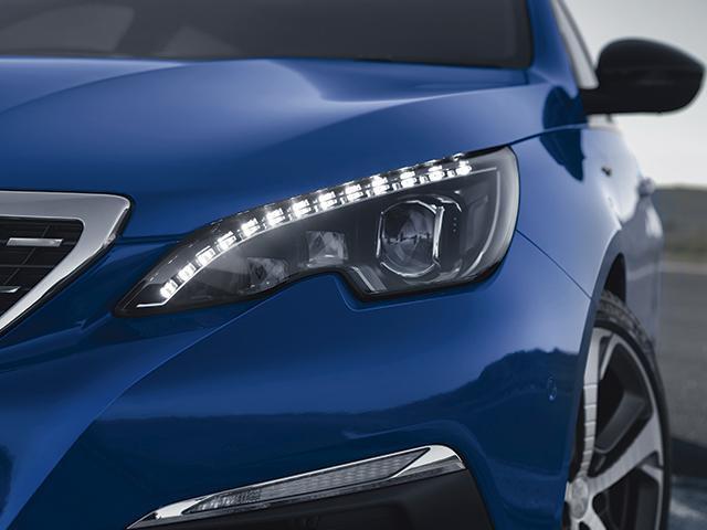 El Peugeot 308 GT 2020 resena opiniones tiene rasgos distintivos en el frente