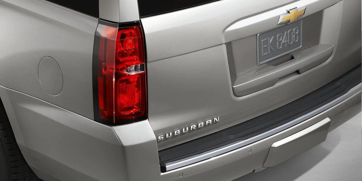 Chevrolet Suburban Premier 2020 Cuenta con algunos elementos estéticos que refuerzan su carácter premium