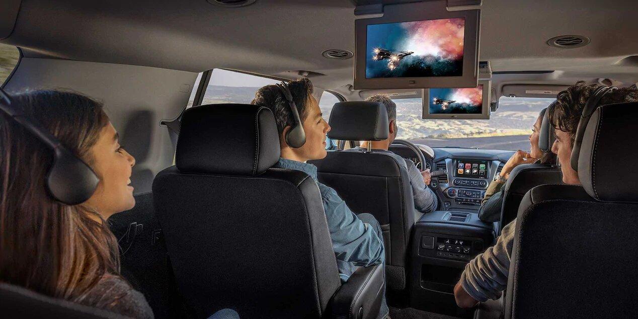 Chevrolet Suburban Premier 2020 Lleva reproductor de Blu-Ray para hacer más amenos los viajes en familia