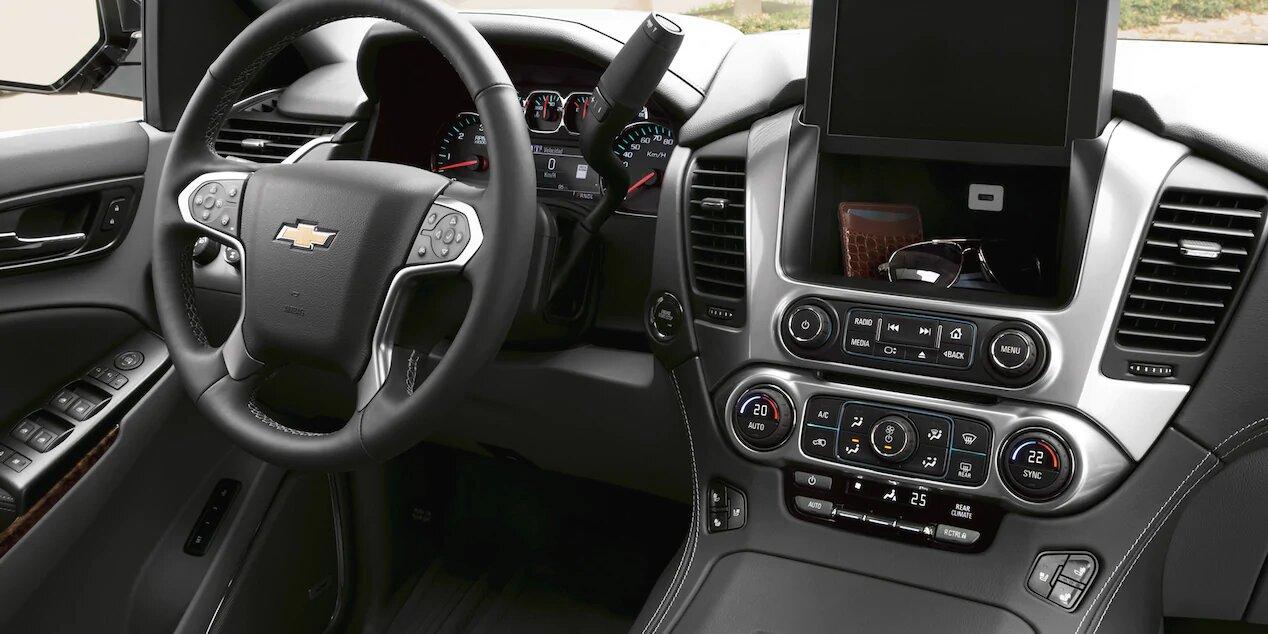 Chevrolet Suburban Premier 2020 Se maneja de forma adecuada pese a tratarse de un modelo de grandes dimensiones