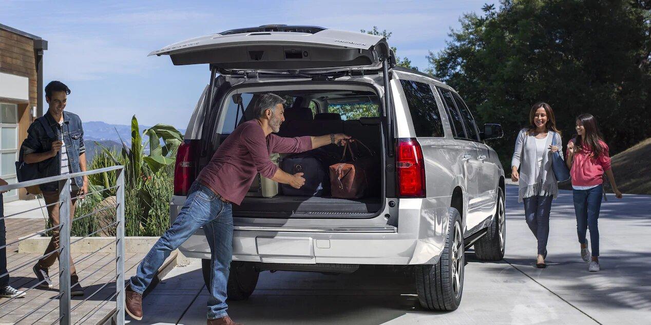Chevrolet Suburban Premier 2020 Ofrece soluciones interesantes para la vida familiar gracias a su capacidad de almacenamiento y amplia cabina