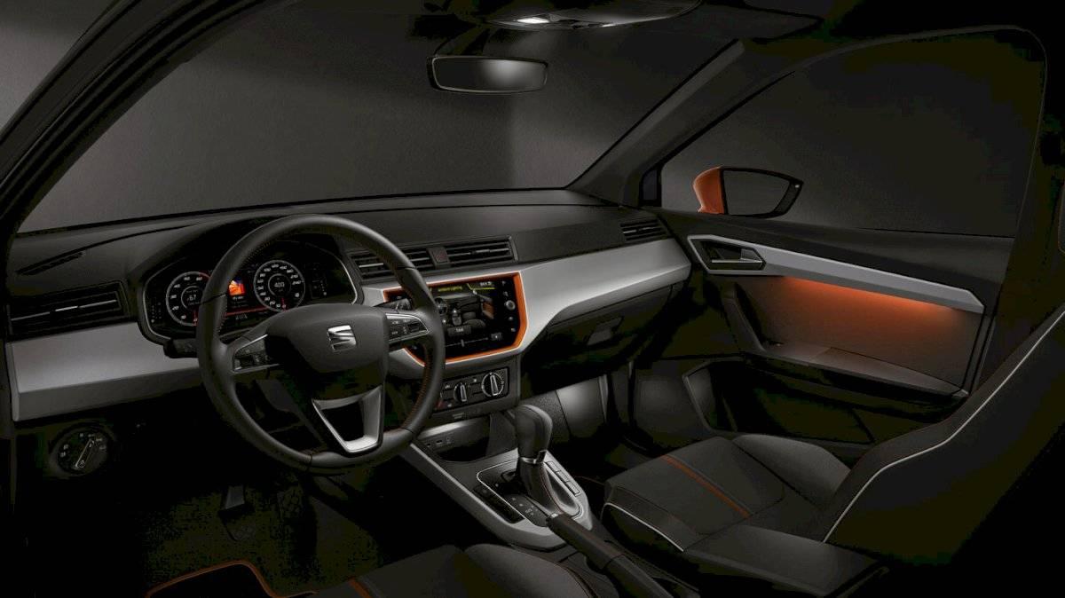 SEAT Ibiza Beats 2020 El interior tiene cierto aire deportivo