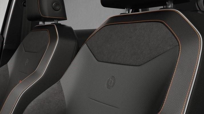 SEAT Ibiza Beats 2020 El material usado para las vestiduras de los asientos es alcantara