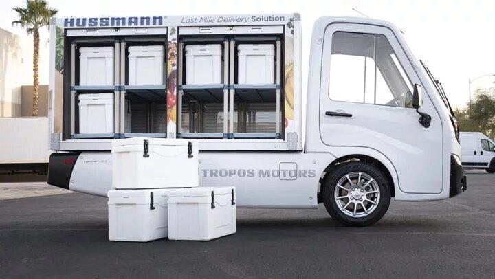 El camión se puede utilizar para repartos y tareas de logística empresarial