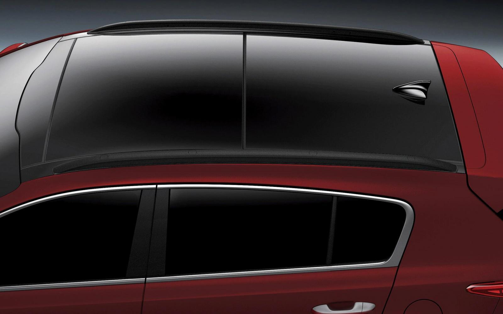 Kia Sportage SXL 2020 resena opiniones Lleva techo panorámico, una característica que garantiza una buena iluminación de la cabina durante el día