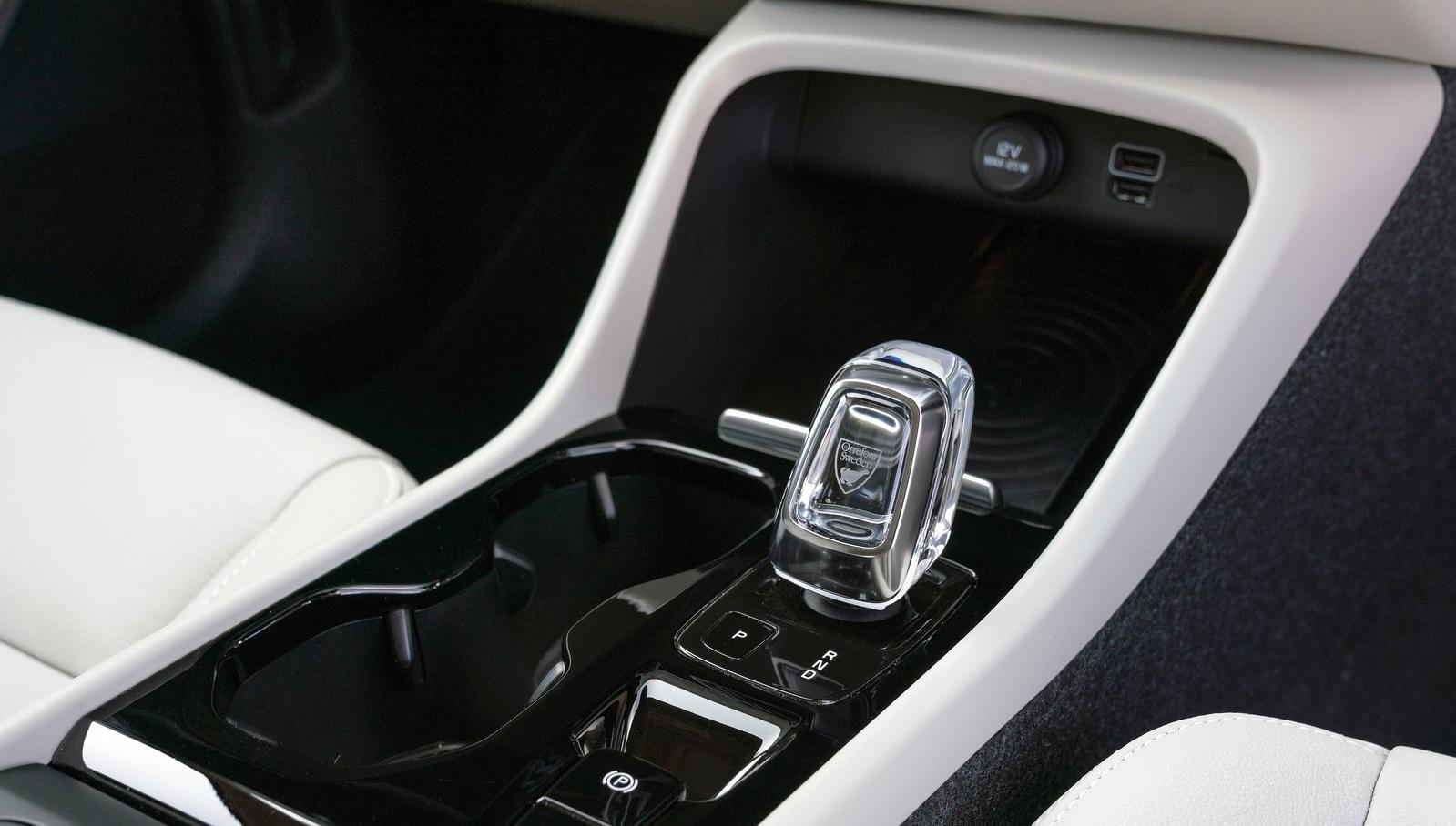 Volvo XC40 palanca cristal