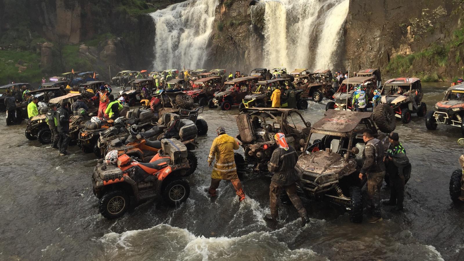 La conducción por la Sierra Tarahumara promete ser un recuerdo inolvidable