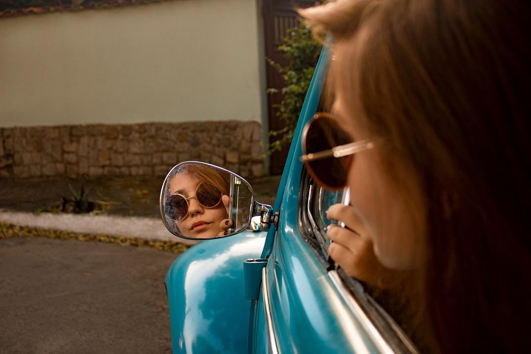 Cómo elegir los mejores lentes de sol para conducir