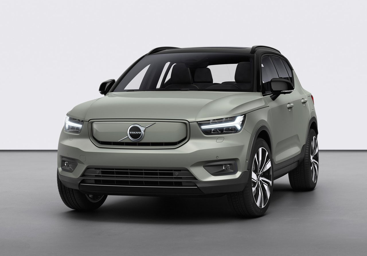 Volvo presentó a la XC40 Recharge