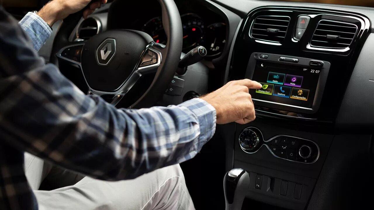 La Renault Stepway Intens CVT 2020 resena opiniones tiene pantalla táctil de 7 pulgadas