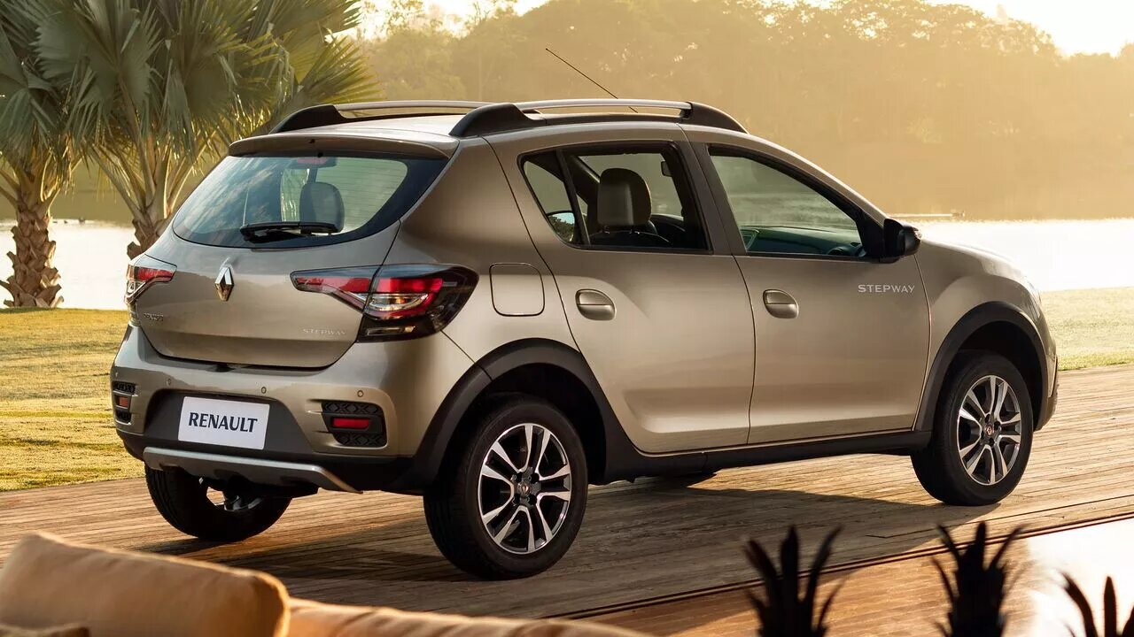 La Renault Stepway Intens CVT 2020 resena opiniones recibió cambios estéticos