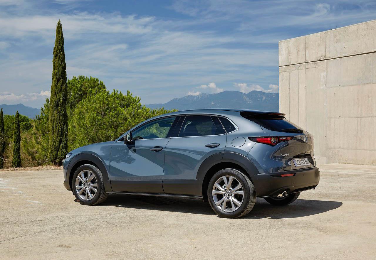 La Mazda CX-30 i Grand Touring 2020 resena opiniones tiene pantalla de 8 pulgadas