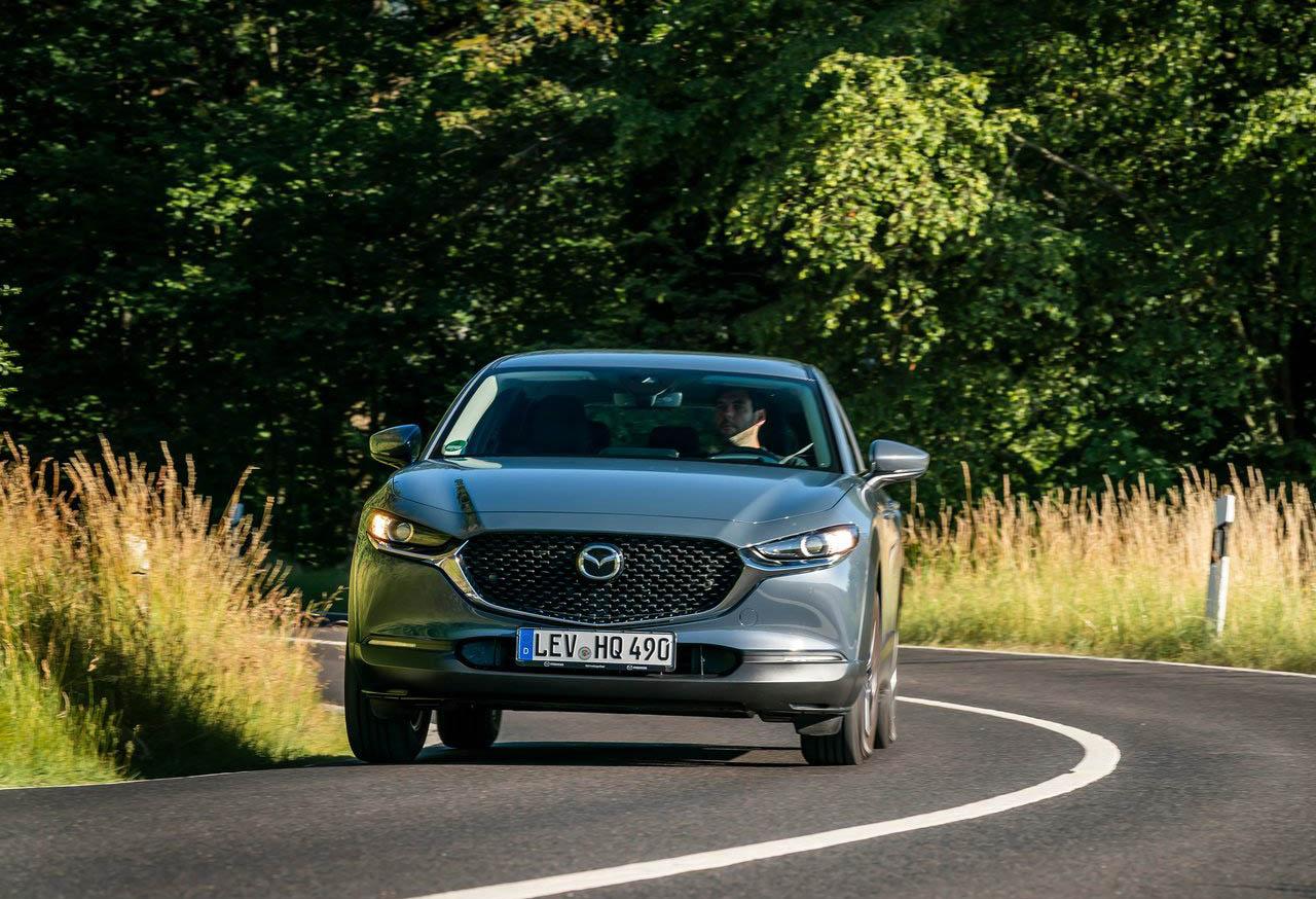 La Mazda CX-30 i Grand Touring 2020 resena opiniones ofrece asistencias para la conducción