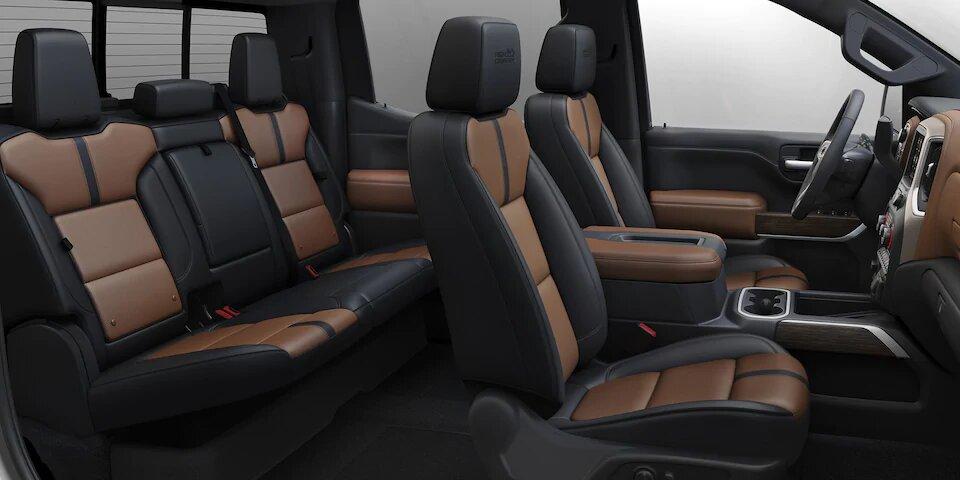 La cabina de Chevrolet Cheyenne High Country 2020 resena ofrece gran espacio en ambas filas