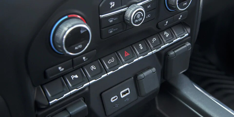 La Chevrolet Cheyenne High Country 2020 resena cumple en materia de conectividad
