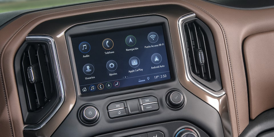 Chevrolet Cheyenne High Country 2020 resena Incorpora una pantalla táctil de 8 pulgadas