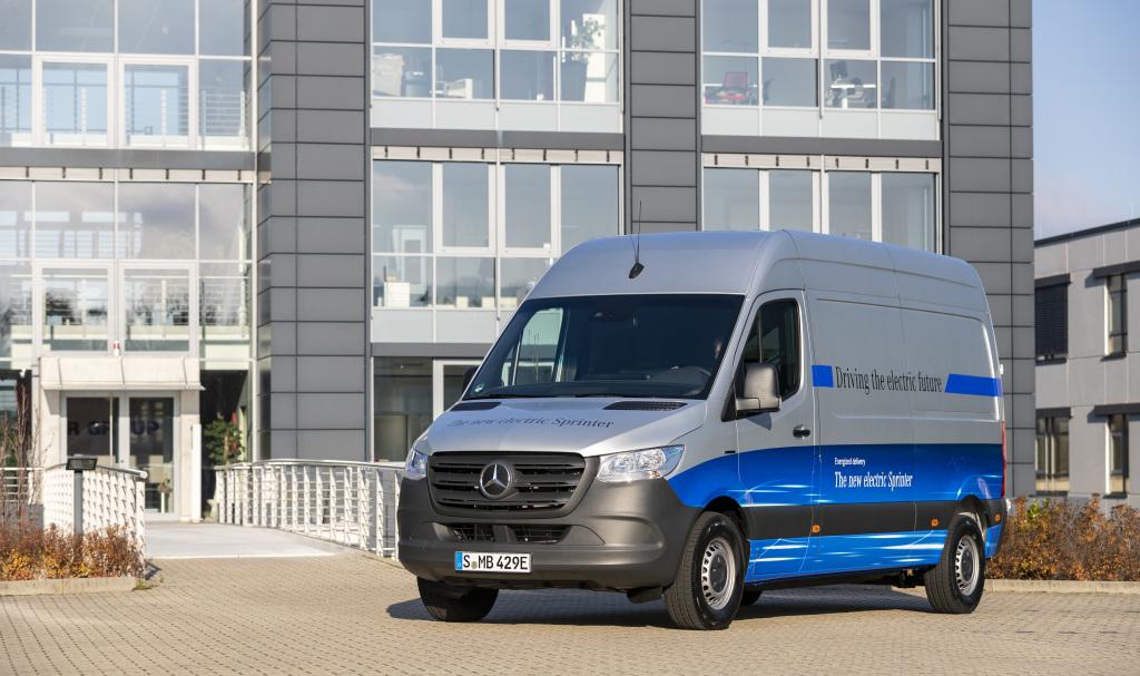 La Mercedes-Benz Sprinter cumplió 25 años