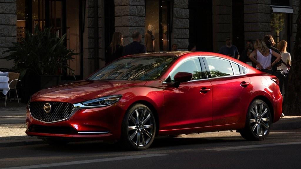 El Mazda 6 sería el modelo que estrenaría las nuevas tecnologías patentadas el próximo año