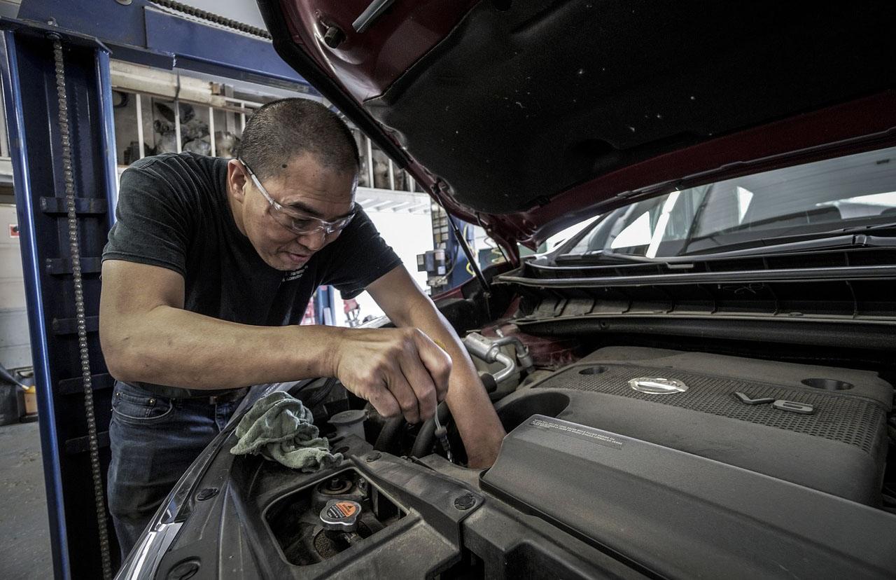 El mantenimiento de un auto blindado es más constante