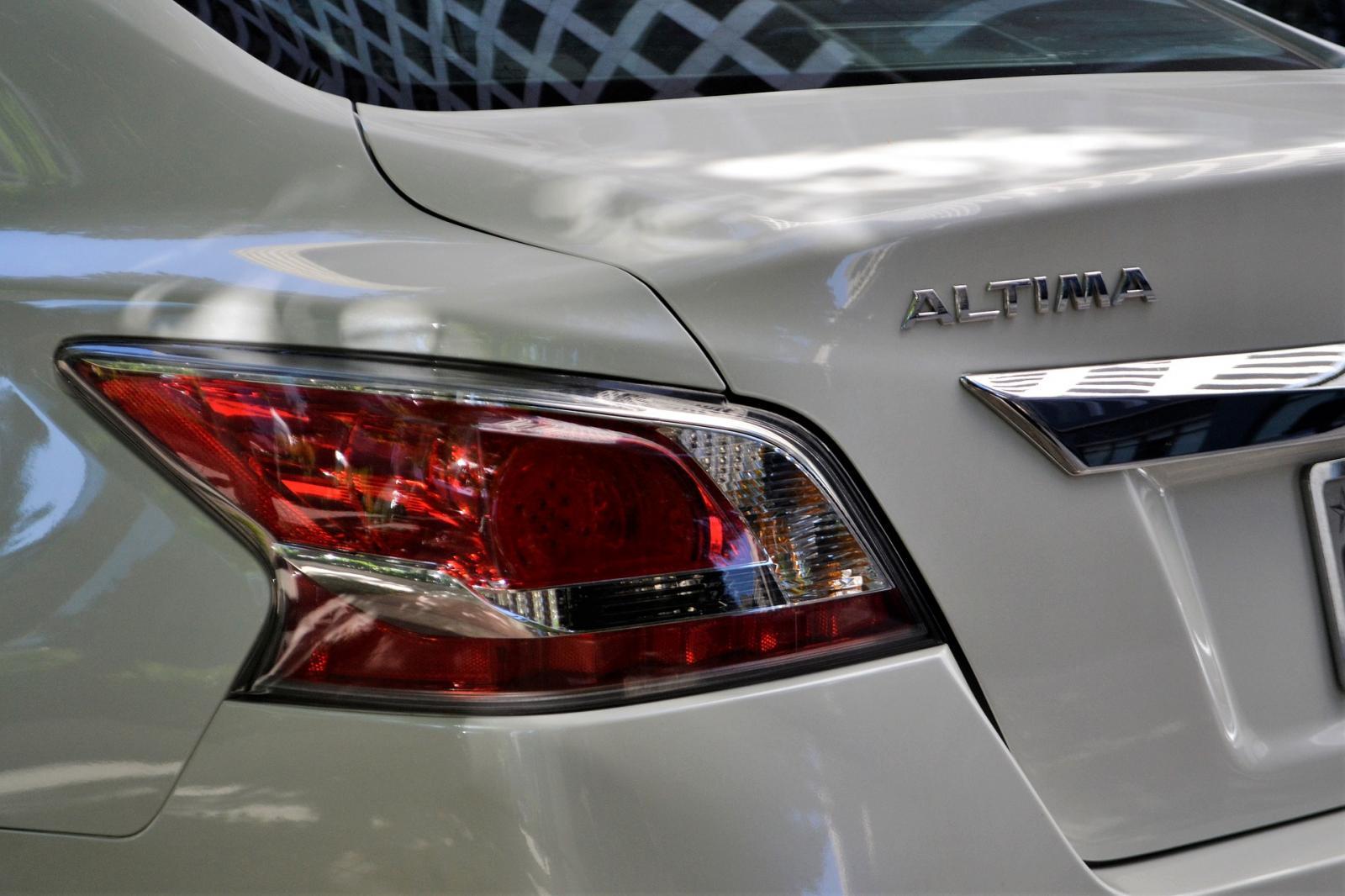 El Nissan Altima estará disponible en la nueva plataforma de la firma japonesa