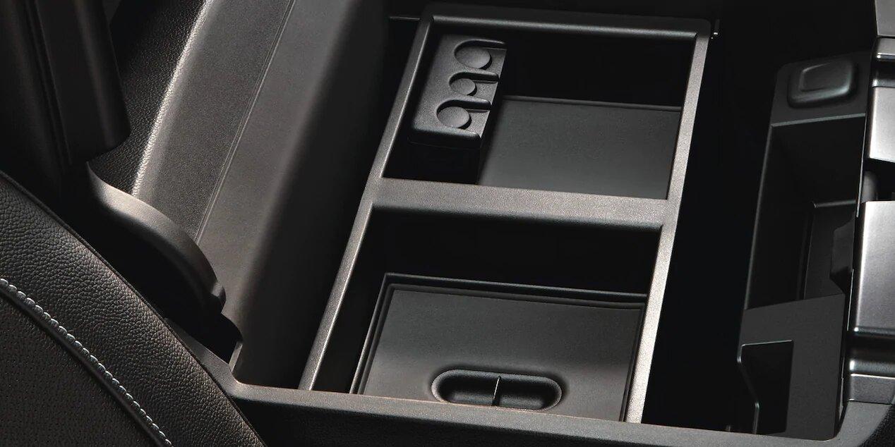 Chevrolet Tahoe Premier 2020 resena opiniones Hay espacios suficientes para guardar nuestras pertenencias en el interior