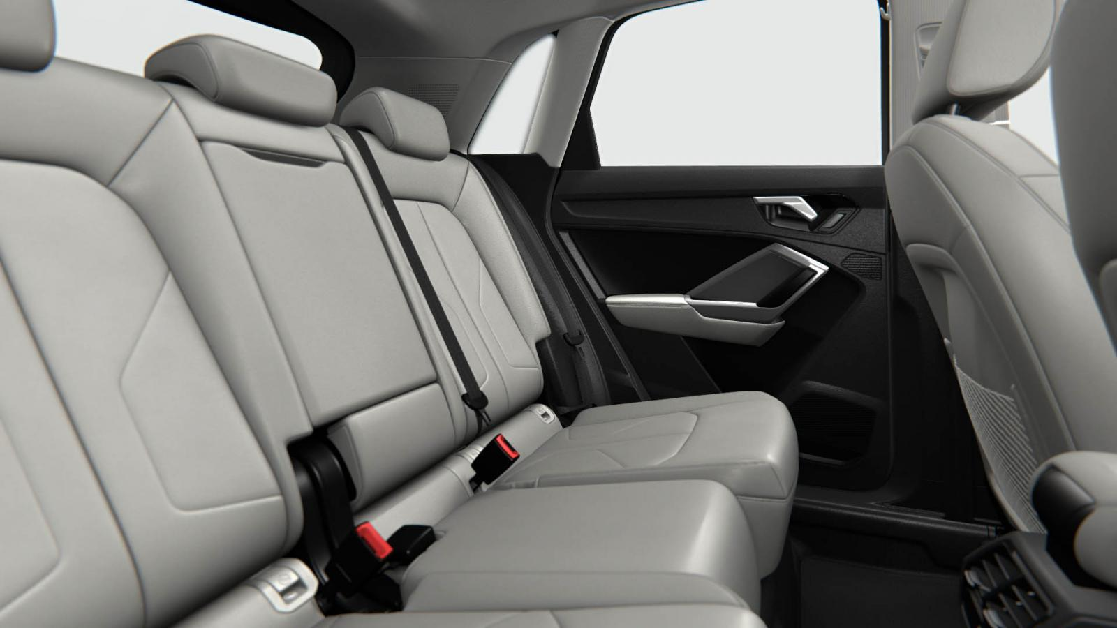 La Audi Q3 S Line tiene buen espacio